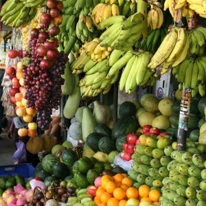 assorted-fruits-stall-709567
